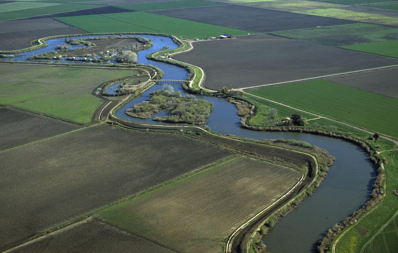 Waterways meander throughout farmlands in the Delta. (Photo: CA Dept ...