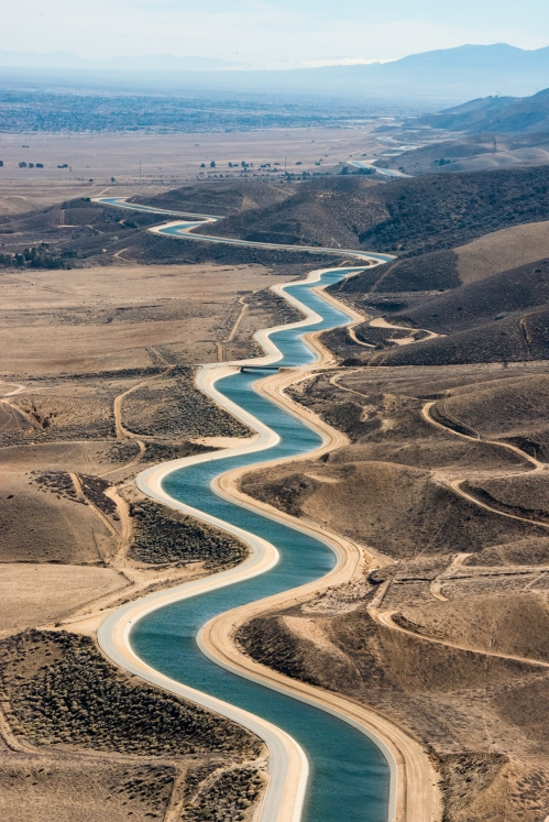 A serpentine stretch of the California Aqueduct in Palmdale, along mile post 327.50 on February 7, 2014.
